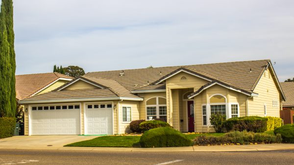 Are you looking for homes for sale with 3 car garages in Roseville California