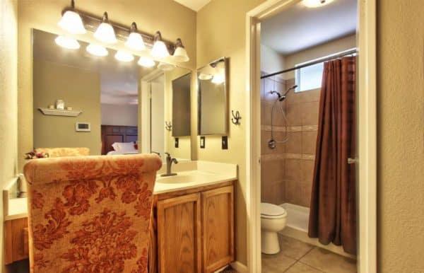 Kaye Swain real estate Roseville CA master bathroom a