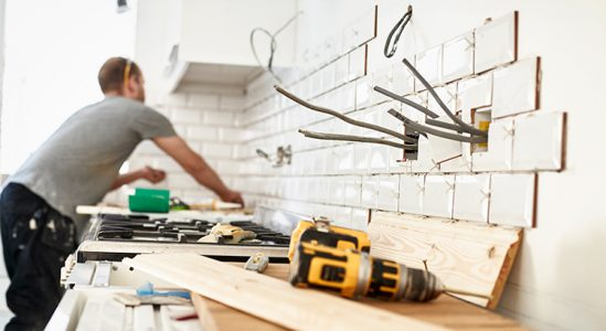 Should You Fix Your House Up or Sell Now? | Simplifying The Market