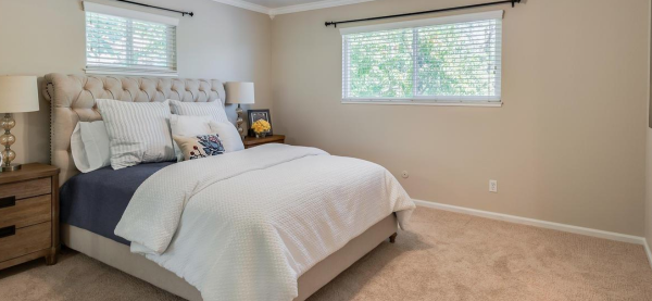 Master bedroom with plenty of space in one of the Rocklin CA homes for sale in the midst of a corona virus quarantine
