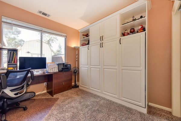 homes sale roseville california den murphy bed