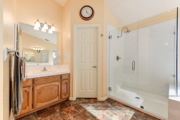 Roseville REALTOR Kaye Swain shares real estate for sale 95747