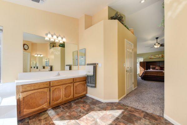 homes sale roseville california huge bathroom
