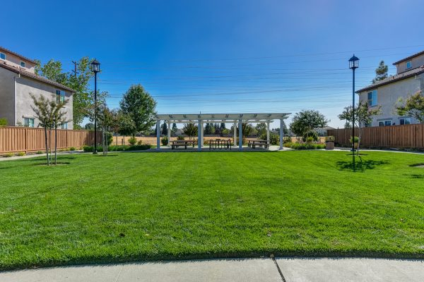 This community park in the Paseo Del Norte subdivision is right next to Roseville CA open space walking trails and biking trails