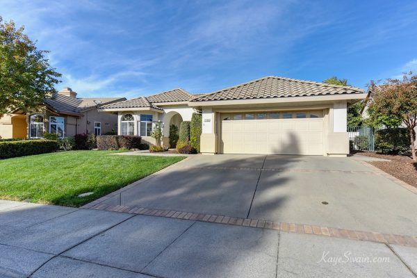 Golf home for sale in Sun City Roseville 2