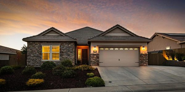 single story homes for sale in lincoln ca are lovely at night