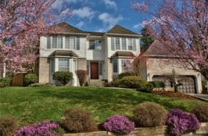 Gorgeous big home loaded with pink and blue, a grand swimming pool and spa, and great for multigenerational options