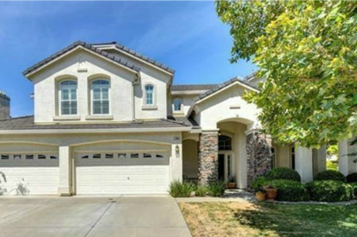 Kaye Swain Real Estate Agent blogger sharing houses for sale Roseville currently offering