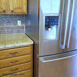 This fridge reminds me of the one I left behind in Roseville CA-Kaye Swain REALTOR